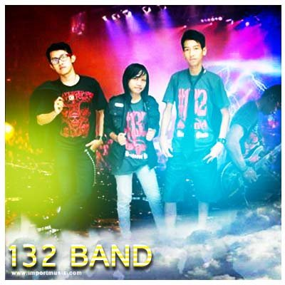 132 Band